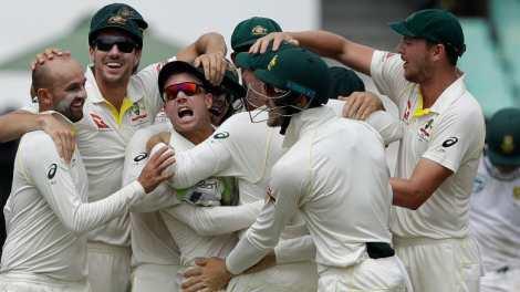 Warner back on top of ICC fuckwitrankings